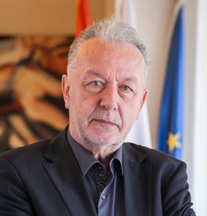 Проф. др Миливоје Павловић
